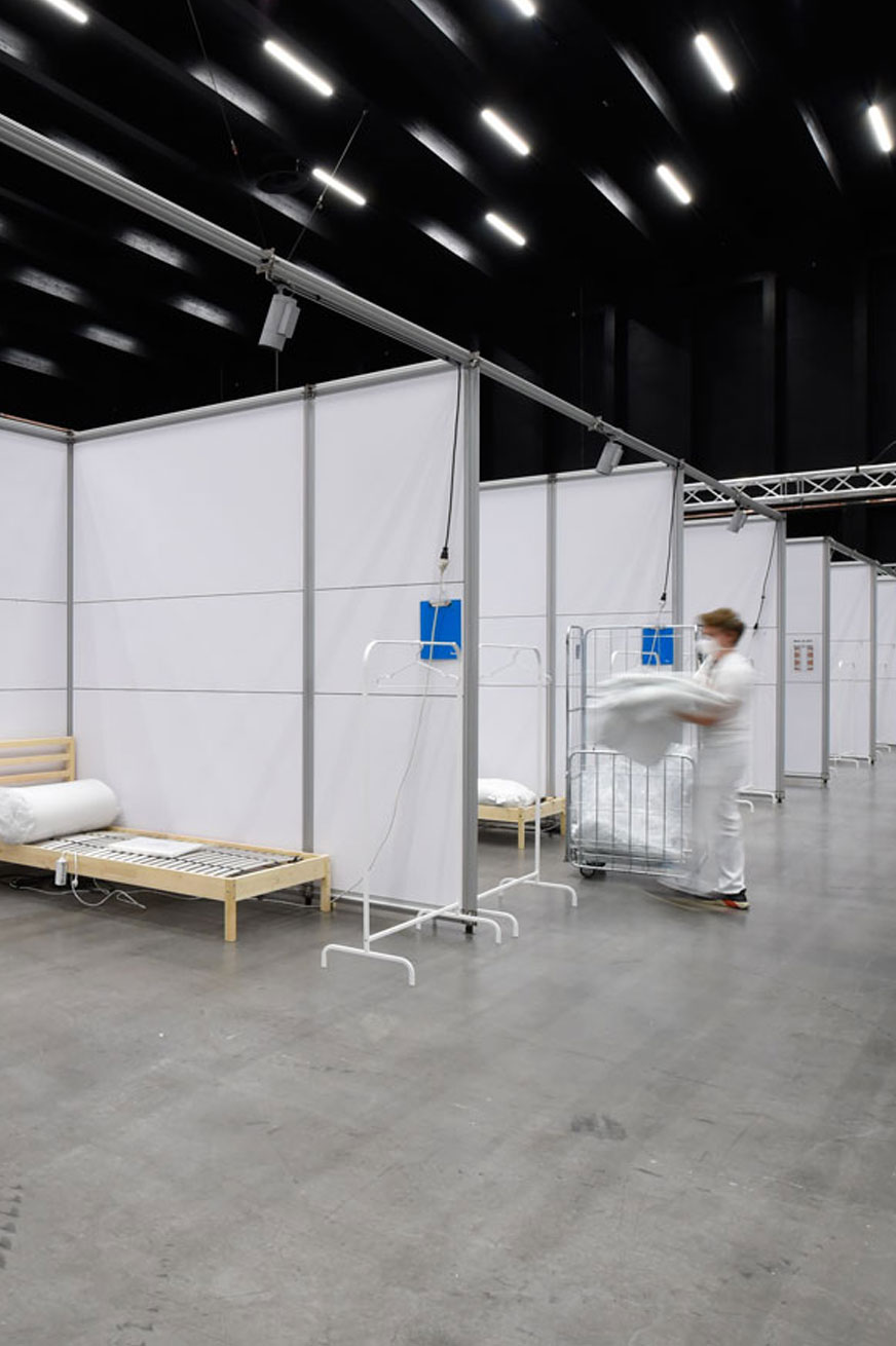 Messehallen werden zu Krankenhäusern – mit System